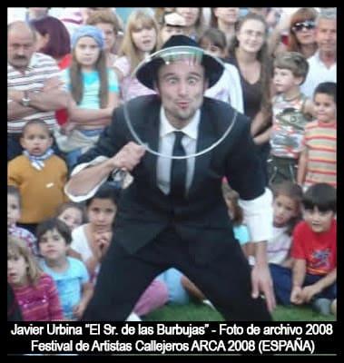 """Arca 2008 - 10 años después recuperamos esta foto de Javier Urbina """"El Señor de las Burbujas"""""""