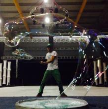 "Bubbles On Ice by ""The Lord Of The Bubbles"""